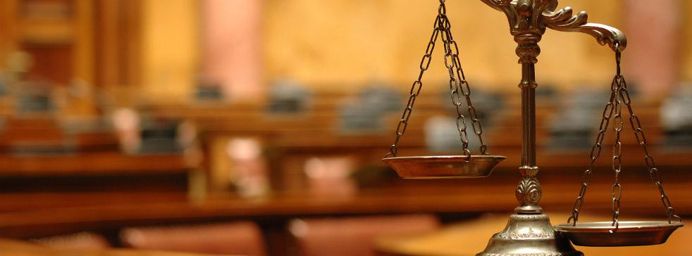 За свободния достъп на адвоката до изпълнителни дела
